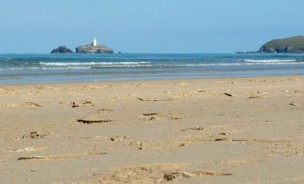 General view of Godrevy Light from the beach